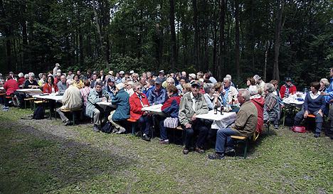 wpid-468-gaeste100-Jahre-OWK-Waldbrunn-2011-07-3-23-39.jpg