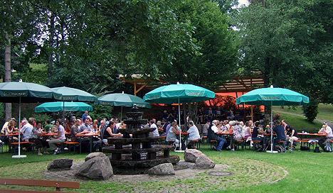 wpid-468Bergmannsverein-zu-Gast-in-Muelben-2011-07-11-23-00.jpg