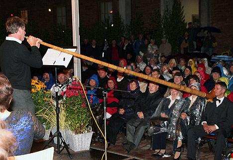 wpid-468bmWasserfestes-Publikum-in-Waldleiningen-2011-07-31-21-38.jpg