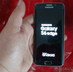 Samsung Galaxy S6 Edge dans la main