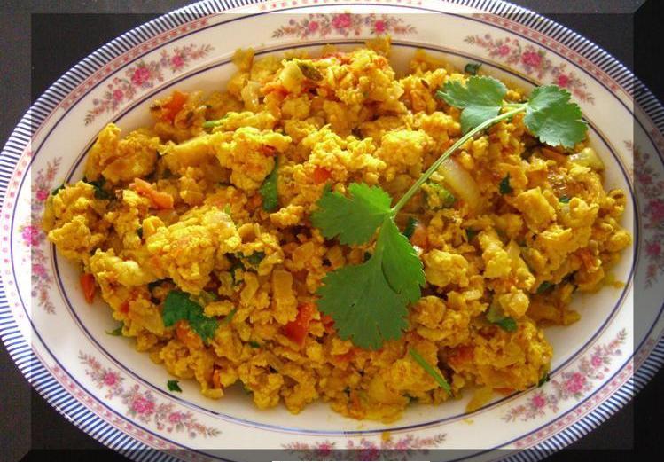 BHARUCHI AKURI (Parsi breakfast dish.)
