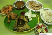 Parsi Bhonu: Traditional Parsi Dishes served on a Banana Leaf