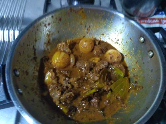 8. Fry all masalas for 3 - 4 minutes