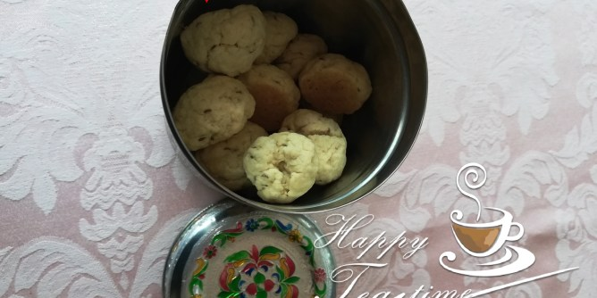 Butter Makhania Biscuits or Batasa