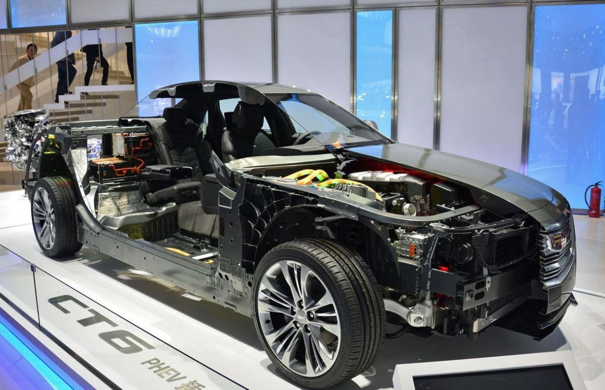 2016 Cadillac CT6 Plugin cut away 2 Shanghai