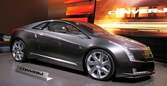 Cadillac Converj Concept PHEV - passenger side on stage