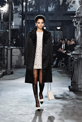 Chanel_runway_fashion_magazine_social (3)