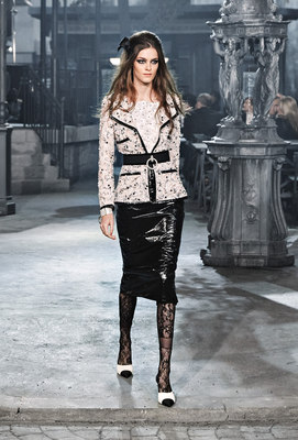 Chanel_runway_fashion_magazine_social (8)
