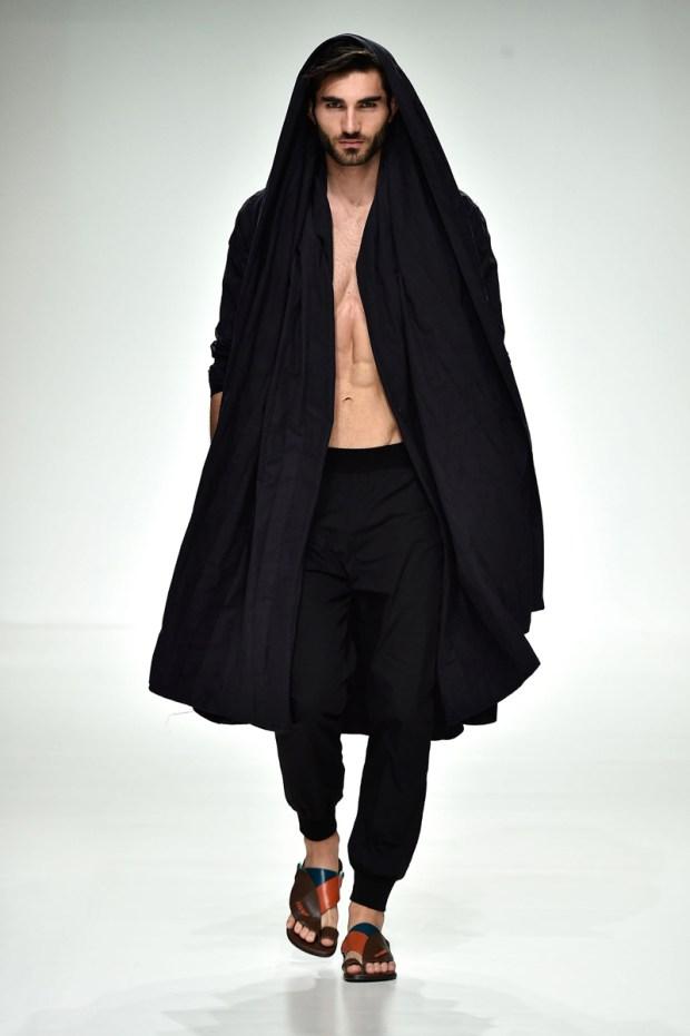 dubai-fashion-runway-MashaelAl Rajhi (12)