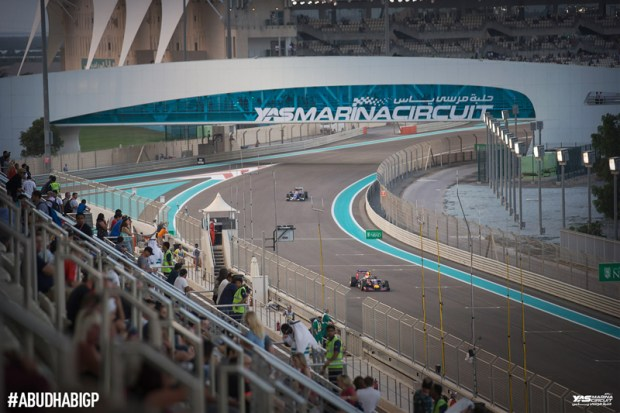 yas-marina_formula1-race-dubai-social-magazine-(13)