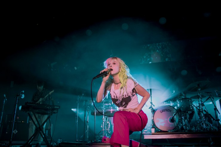 Show Review: Paramore at Heritage Park Amphitheater