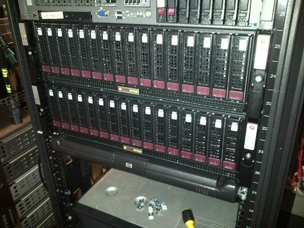 Step-4-In-the-rack Installing a Nimble ES1 Expansion Shelf - Hard bit