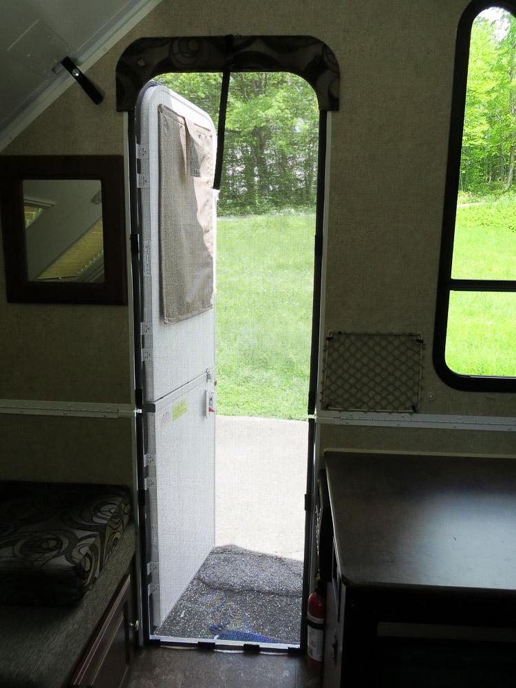 Screen For Pop Up Camper Door The Diy Girl