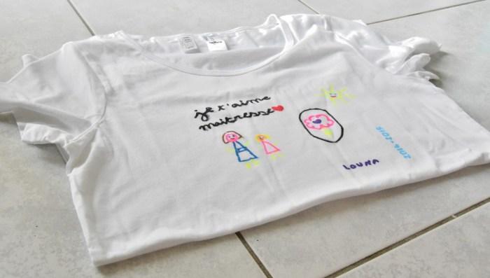 cadeau pour la maitresse : un tee-shirt customisé