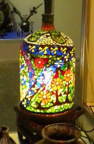 Botellón de agua devenido lámpara