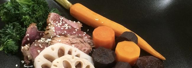 Canard rosé, chou kale, carottes tricolores