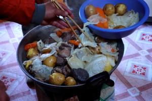 """Mongolie, le Khorkhog, """"barbecue"""" local"""