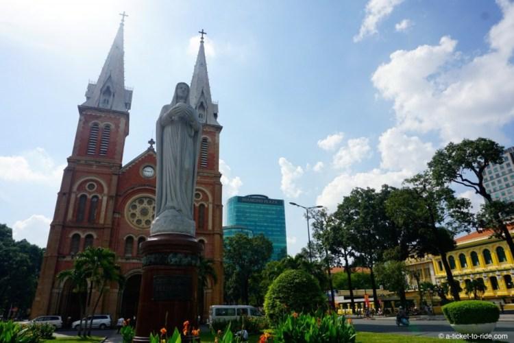 Vietnam, Saïgon, cathédrale Notre-Dame