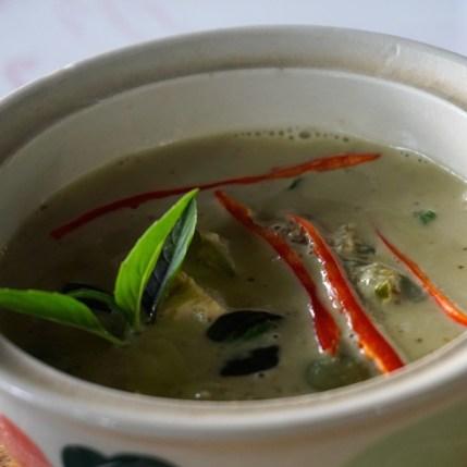 Thaïlande, Chiang Mai, curry vert au poulet