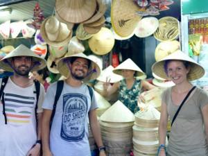 Vietnam, chapeau conique