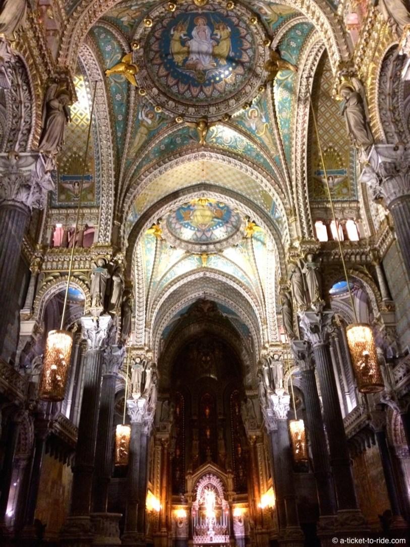 Lyon, basilique de Fourvière, à l'intérieur