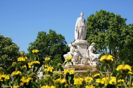 Nîmes, Esplanade