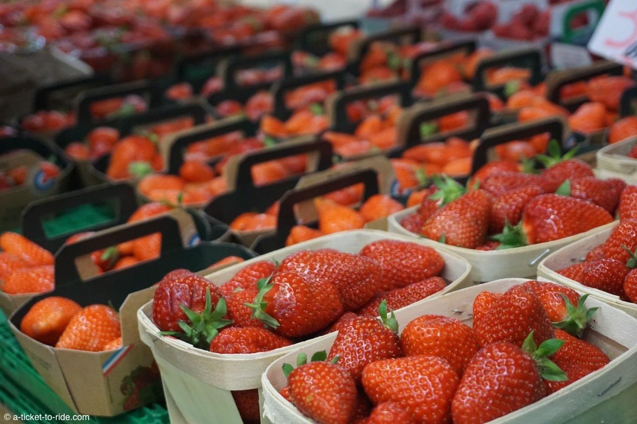Nimes-halles-fraises
