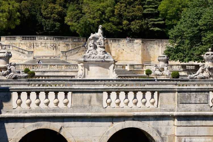 Nimes-jardins-fontaine