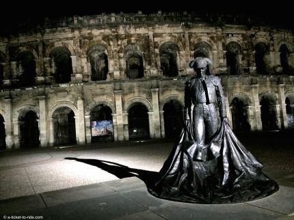 Nîmes, les arènes de nuit