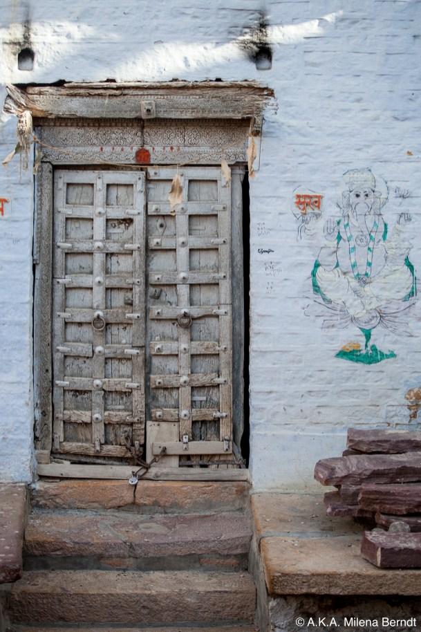 Inde-porte-maison