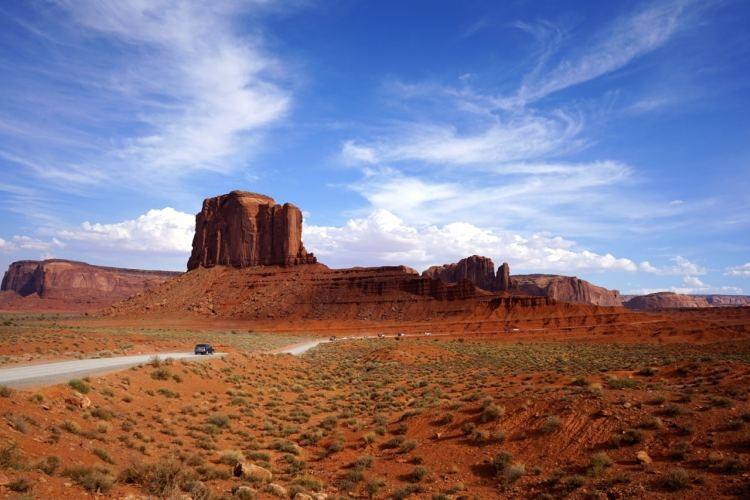 monument-valley-scenic-drive