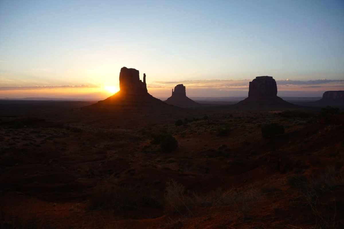 Monument valley, sunrise, camping