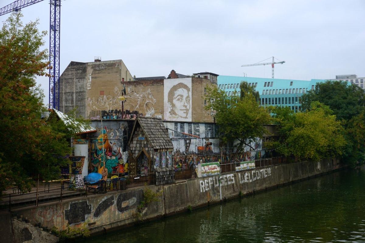Berlin, Yaam, lieu alternatif