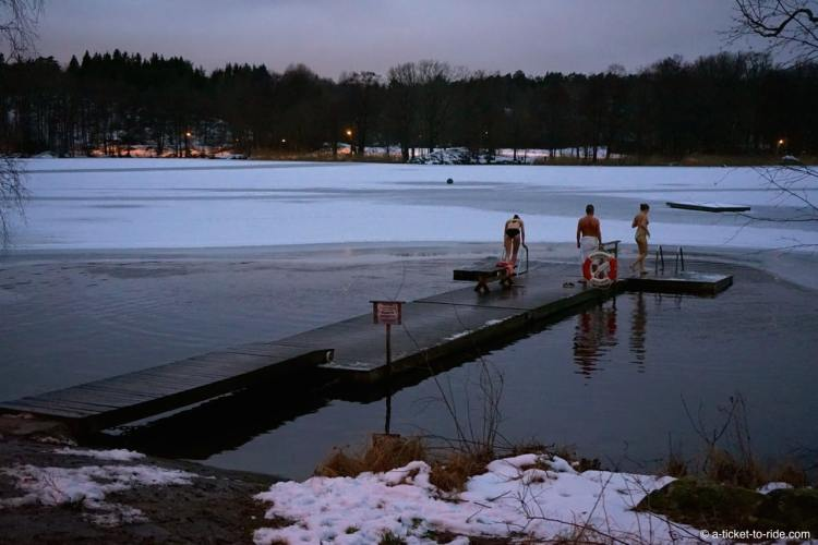 Stockholm, hellasgarden, sauna et lac gelé