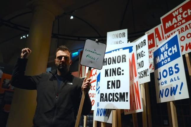 Stockholm, Musée Nobel, réclamation