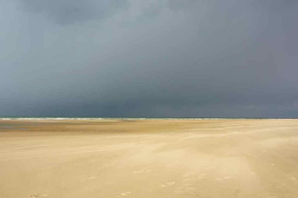 Cote d'Opale, immense plage Wissant