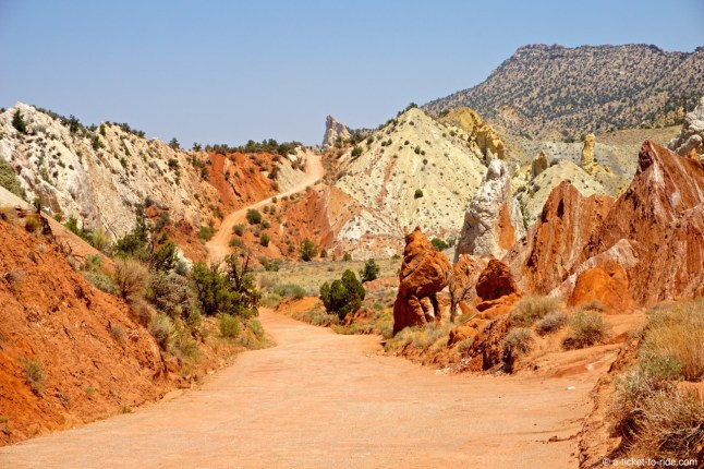 USA, entre Page et Bryce Canyon, Cottonwood Canyon Road