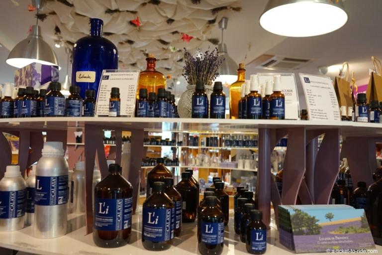 Nyons, Distillerie Bleu provence