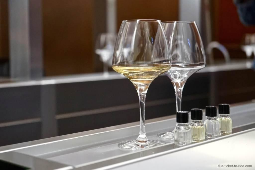 Suze-la-Rousse, Université du vin, dégustation