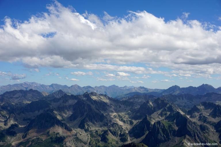 Les Pyrénées, panormama