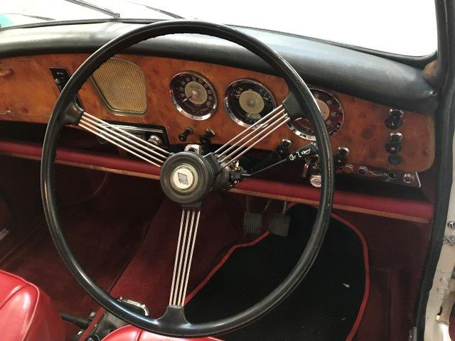 1961 Riley 1.5 with many sensible upgrades - Superb 7