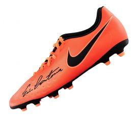 This nike tiempo right football boot has been personally signed in gold marker pen by football legend eric cantona. Eric Cantona Signed Football Boot Nike Magista Orange Genuine Signed Sports Memorabilia