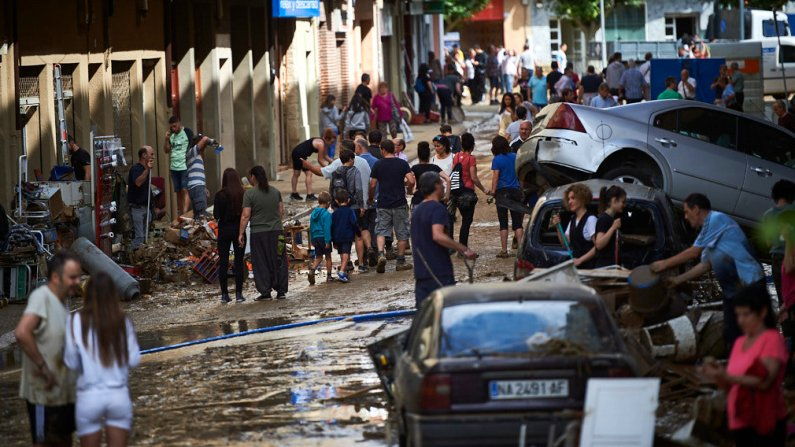 Estado de la ciudad de Tafalla tras inundación por la crecida del rio Cidacos esta madrugada. MIGUEL OSÉS