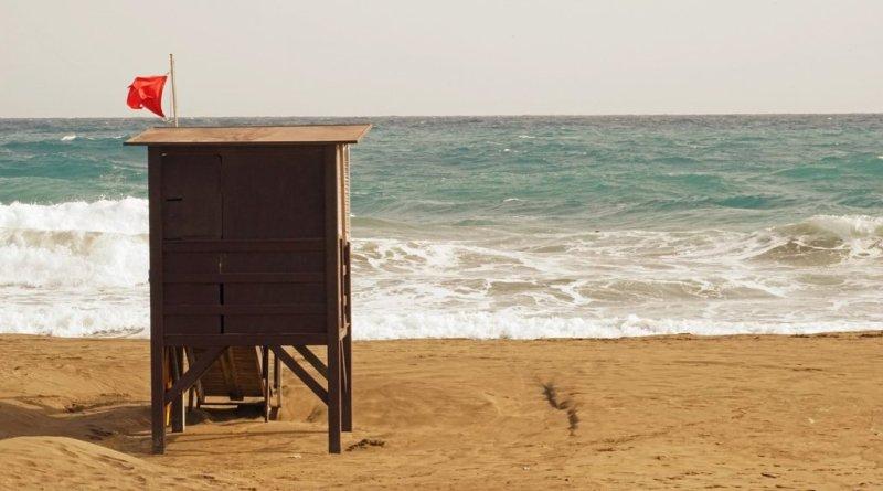 La lluvia obliga a cerrar playas por presencia de bacterias. ¿Por qué?