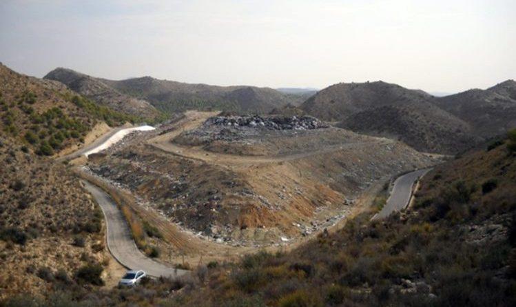 La Conselleria de Transición Ecológica reactiva el proyecto de sellado del vertedero de El Búho en Elx