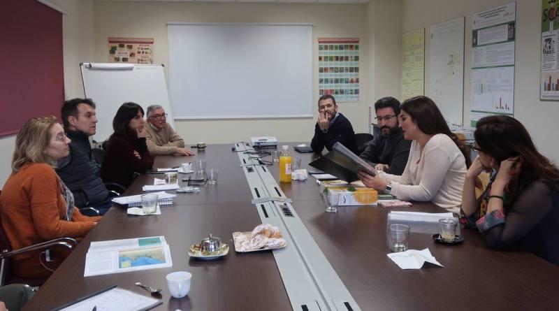 Mireia Mollà destaca la lucha biológica como 'alternativa eficaz, garantista y de futuro' para combatir las plagas y enfermedades sin uso de químicos