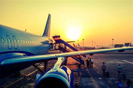 Exteriores fleta un avión a India para facilitar el retorno de casi 300 viajeros