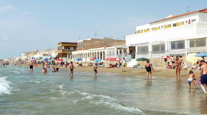 Mollà: 'Todas las playas de la Comunitat Valenciana son aptas para el baño por la calidad excelente de sus aguas'