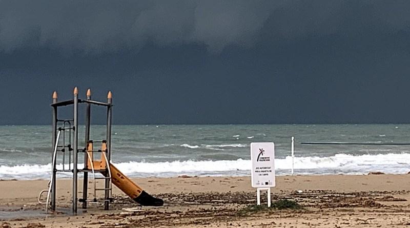 La Consellería de Turismo de la Comunidad Valenciana invierte más de 10 millones de euros en la puesta a punto de las playas