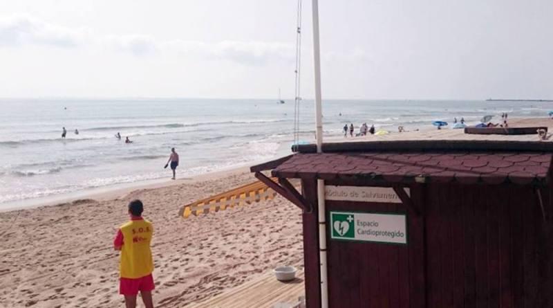 El Ayuntamiento de Elche pone en marcha el servicio de salvamento y socorrismo en las playas